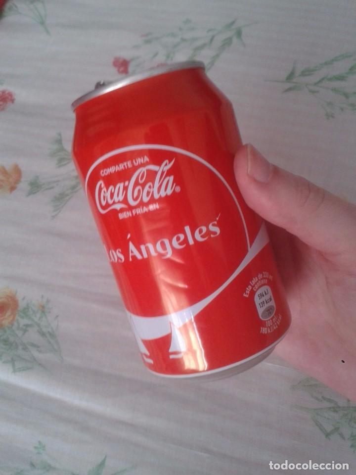 LATA DE COCA COLA COCACOLA COMPARTE UNA FRÍA LIGHT EN LOS ÁNGELES CALIFORNIA USA VER FOTO/S (Coleccionismo - Botellas y Bebidas - Coca-Cola y Pepsi)