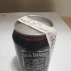 Coleccionismo de Coca-Cola y Pepsi: LATA ANTIGUA JACK DANIELS CON PRECINTO DE CASA SIN ABRIR. Lote 102727362