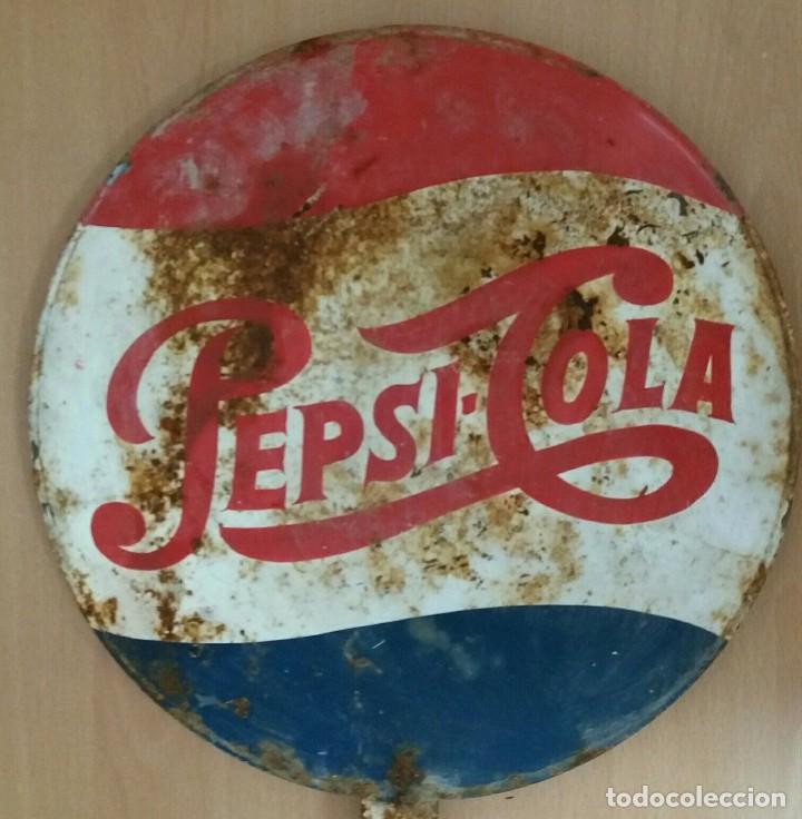 RARA, ESCASA CHAPA / SEÑAL DE TRÁFICO PEPSI AÑOS 60 PEPSICO, PEPSI-COLA. PUBLICIDAD ANTIGUA (Coleccionismo - Botellas y Bebidas - Coca-Cola y Pepsi)