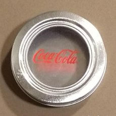 Coleccionismo de Coca-Cola y Pepsi: COCA-COLA ( COCACOLA ) CAJA METÁLICA. ESPECIERO. REDONDA. 7 CM. BUEN ESTADO!. Lote 107693011