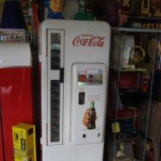 Coleccionismo de Coca-Cola y Pepsi: MAQUINA COCA-COLA AMERICANA CAVALIER 96 25CTS AMERICANA AÑOS 50-60. Lote 110810767