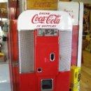 Coleccionismo de Coca-Cola y Pepsi: NEVERA COCA-COLA VENDO 80 /1955'S ORIGINAL COCA-COLA VENDO V-80 COKE MACHINE. Lote 111407915