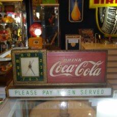 Coleccionismo de Coca-Cola y Pepsi: LETRERO LUMINOSO MÁS RELOJ PARA MOSTRADOR COCA-COLA. PAUSE DRINK COCA-COLA. PLEASE PAY WHEN SERVED. Lote 111624735