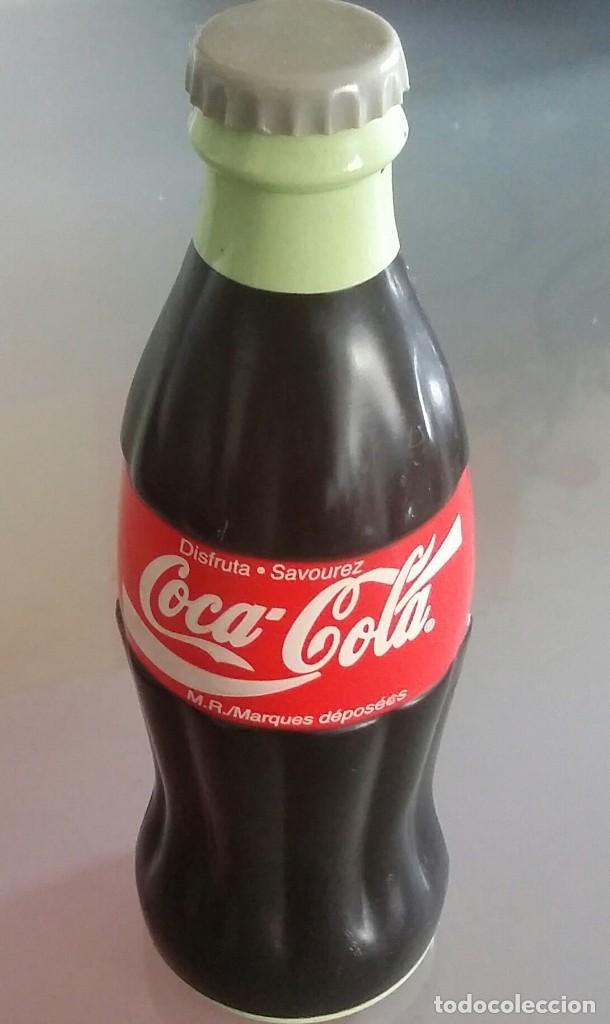 BOTELLA DE COCA COLA. MICRÓFONO CON ECO. DE 1999 (Coleccionismo - Botellas y Bebidas - Coca-Cola y Pepsi)