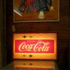 Coleccionismo de Coca-Cola y Pepsi: LUMINOSO COCA-COLA AMERICANO. FUNCIONANDO A 220 V. 60X37X12 CMS. AÑOS 50S. Lote 113351703