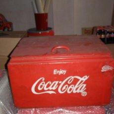 Coleccionismo de Coca-Cola y Pepsi: NEVERA COCA COLA METALICA. HIELO. AMERICANA. ABRIDOR ENJOY. ORIGINAL DE 1950S.. Lote 113382579