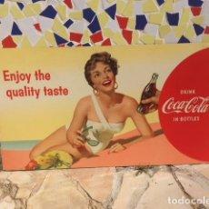 Coleccionismo de Coca-Cola y Pepsi: CARTEL COCA-COLA CARTÓN A DOBLE CARA. 51X91 CMS. AÑO 1956. THE BEST OF TASTE/ENJOY THE QUALITY TASTE. Lote 115292295