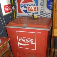Coleccionismo de Coca-Cola y Pepsi: NEVERA COCA-COLA ASFRI AÑOS 60. Lote 115321935