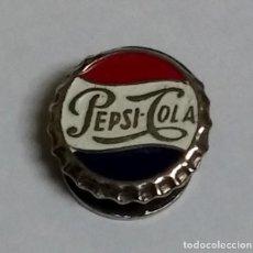 Coleccionismo de Coca-Cola y Pepsi: INSIGNIA ESMALTADA DE SOLAPA, PUBLICIDAD DE PEPSI COLA, MIDE 1,5 CMS.. Lote 117803591