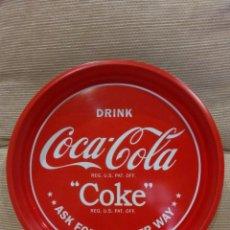 Coleccionismo de Coca-Cola y Pepsi: BANDEJA COCA COLA -COKE / ASK FOR EAT EITHER WAY-. Lote 119204411