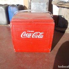 Coleccionismo de Coca-Cola y Pepsi: NEVERA COCA COLA PORTATIL. Lote 121091371