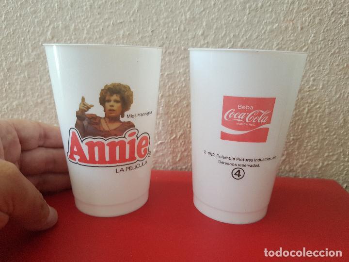 VASOS PROMOCIONALES PUBLICIDAD COCA COLA VINTAGE AÑO 1982 PELICULA ANNIE COLUMBIA MISS HANNIGAN Nº 4 (Coleccionismo - Botellas y Bebidas - Coca-Cola y Pepsi)