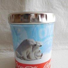 Coleccionismo de Coca-Cola y Pepsi: M69 LATA DE OSOS CON TAPA PUBLICIDAD COCA COLA. LA TAPA IMITA UNA CHAPA CON LAS LETRAS DE COCA COLA.. Lote 124220587