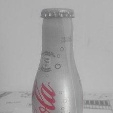Coleccionismo de Coca-Cola y Pepsi: BOTELLA COCA COLA LLENA LIGHT DE ALUMINO. 250 ML. Lote 125381291