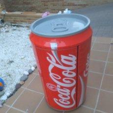 Coleccionismo de Coca-Cola y Pepsi: COCACOLA LATA GIGANTE CON EQUIPO DE MUSICA. Lote 127676860
