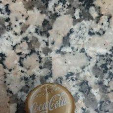 Coleccionismo de Coca-Cola y Pepsi: CHAPA CORONA COCA COLA. ZERO AZUCAR ZERO CAFEINA. Lote 129676647