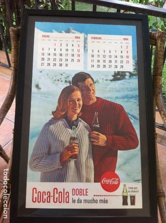 1964 COCA-COLA. CALENDARIO ENERO FEBRERO. NIEVE. IMPRESO POR SEIX BARRAL. ENMARCADO. ORIGINAL. (Coleccionismo - Botellas y Bebidas - Coca-Cola y Pepsi)