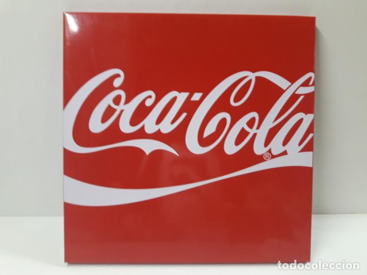PLACA - CHAPA PROPAGANDA DE COCA COLA . ORIGINAL AÑOS 80 / 90 . MEDIDA 44 X 44 CM (Coleccionismo - Botellas y Bebidas - Coca-Cola y Pepsi)