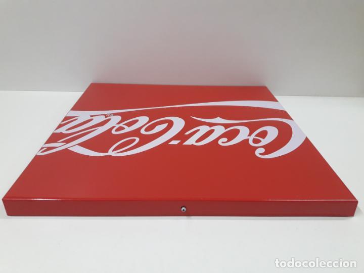 Coleccionismo de Coca-Cola y Pepsi: PLACA - CHAPA PROPAGANDA DE COCA COLA . ORIGINAL AÑOS 80 / 90 . MEDIDA 44 X 44 CM - Foto 5 - 132013598