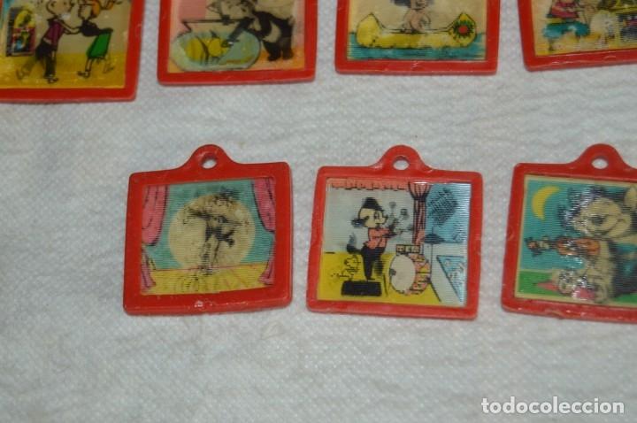 Coleccionismo de Coca-Cola y Pepsi: Lote de 15 antiguos llaveros holográficos VISTANIMADA - En su dorso publicidad COCA COLA - Años 60. - Foto 8 - 133620186