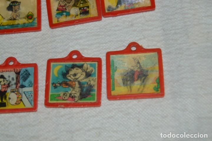 Coleccionismo de Coca-Cola y Pepsi: Lote de 15 antiguos llaveros holográficos VISTANIMADA - En su dorso publicidad COCA COLA - Años 60. - Foto 9 - 133620186