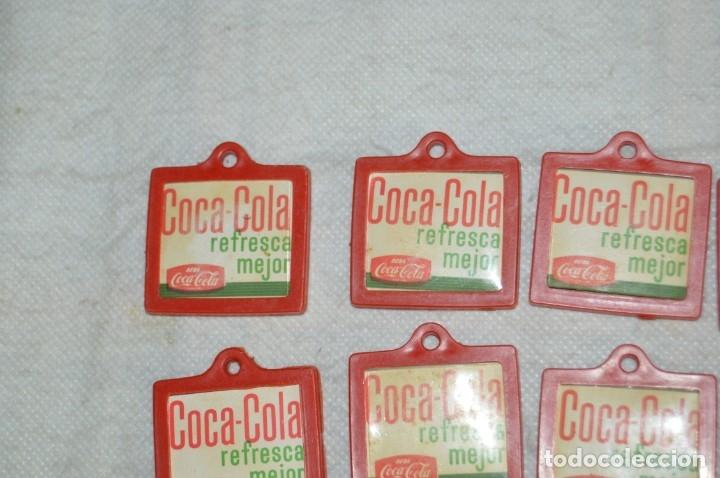 Coleccionismo de Coca-Cola y Pepsi: Lote de 15 antiguos llaveros holográficos VISTANIMADA - En su dorso publicidad COCA COLA - Años 60. - Foto 11 - 133620186