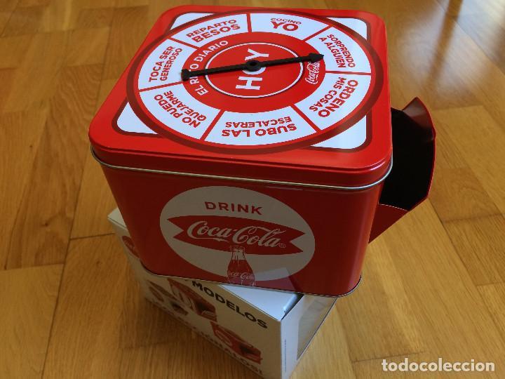 CAJA COCA COLA. TIPO HUCHA, JUEGO. COLECCIONABLE (Coleccionismo - Botellas y Bebidas - Coca-Cola y Pepsi)