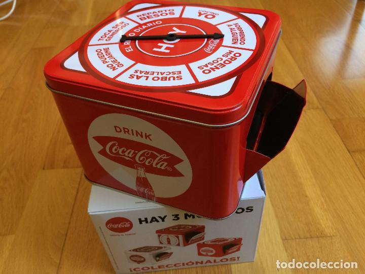 Coleccionismo de Coca-Cola y Pepsi: CAJA COCA COLA. Tipo hucha, juego. Coleccionable - Foto 2 - 135418862