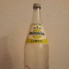 Coleccionismo de Coca-Cola y Pepsi: BOTELLA REFRESCOS MIRINDA LIMON. Lote 137536588