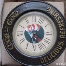 Coleccionismo de Coca-Cola y Pepsi: RELOJ DE MADERA DE LA COCACOLA. Lote 195530635
