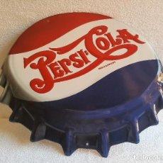 Coleccionismo de Coca-Cola y Pepsi: UNICO CARTEL PEPSI COLA LAMINA GRANDE ESTILO CHAPA PEPSI - 46.CM X 40.CM. Lote 192640668