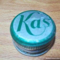 Coleccionismo de Coca-Cola y Pepsi: ANTIGUO TAPÓN METÁLICO ROSCA KAS. Lote 140519006