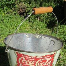 Coleccionismo de Coca-Cola y Pepsi: CUBO CHAPA LITOGRAFIADA PUBLICITARIO DE COCA COLA Y BURGER KING.. Lote 145890178