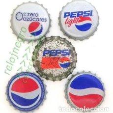 Coleccionismo de Coca-Cola y Pepsi: LOTE DE 5 CHAPAS PEPSI - DIFERENTES - ALGUNAS ANTIGUAS - CHAPA LIGHT - PEPSICOLA - REFRESCO DE COLA. Lote 151597110