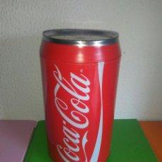 Coleccionismo de Coca-Cola y Pepsi: ANTIGUA LATA HUCHA COCA COLA 20 CMS CDMP. Lote 153218454