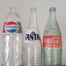Coleccionismo de Coca-Cola y Pepsi: BOTELLAS ANTIGUAS DE COCA COLA - PEPSI Y FANTA NARANJA DE CRISTAL . Lote 154172070