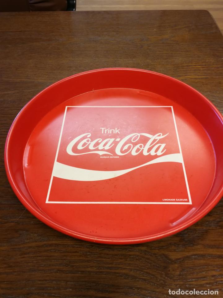 BANDEJA DE CHAPA COCA COLA TRINK (Coleccionismo - Botellas y Bebidas - Coca-Cola y Pepsi)