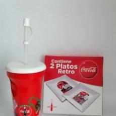 Coleccionismo de Coca-Cola y Pepsi: COLECCIÓN COCA COLA. PLATOS RETROS, VASO PORTÁTIL Y BARAJA DE CARTAS. COCA-COLA. Lote 157845872