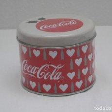 Coleccionismo de Coca-Cola y Pepsi: BOTE CON CALCETINES DE COCA COLA. PRECINTADO.. Lote 158150458