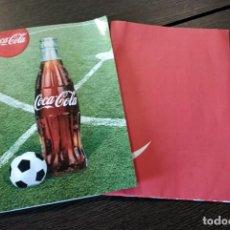 Coleccionismo de Coca-Cola y Pepsi: CUADERNO/JUEGO DE FÚTBOL DE COCA COLA. Lote 158824810