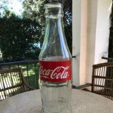 Coleccionismo de Coca-Cola y Pepsi: GRAN BOTELLA DE COCA-COLA. XXL. DISPLAY VIDRIO. 51 CMS ALTO. Lote 161556642