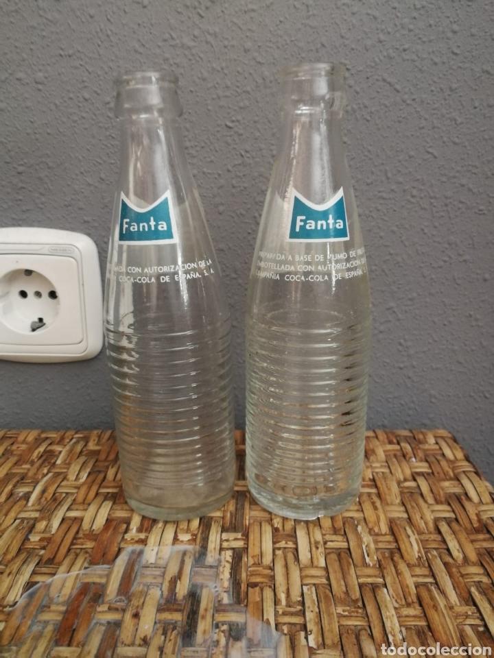 Coleccionismo de Coca-Cola y Pepsi: Botellin de Fanta antiguo - Foto 2 - 168925097