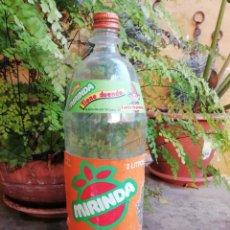 Coleccionismo de Coca-Cola y Pepsi: ANTIGUA BOTELLA PLASTICO REFRESCO GASESOSA MIRINDA PROMOCION DUENDE 2L TAPON ROSCA METALICO. Lote 168967016