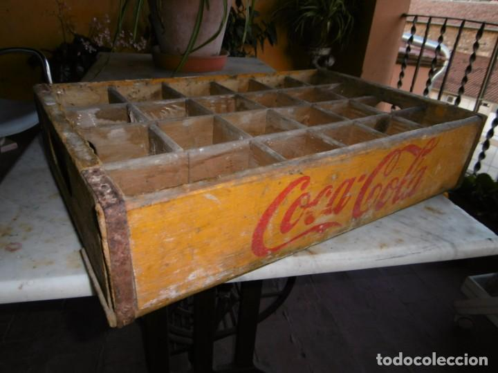 Coleccionismo de Coca-Cola y Pepsi: ANTIGUA CAJA AMARILLA ORIGINAL COCA-COLA DE MADERA. - Foto 3 - 169056660