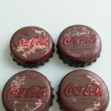 Coleccionismo de Coca-Cola y Pepsi: CUATRO ANTIGUAS CHAPAS DE COCA COLA ORIGINALES DE EPOCA. AÑOS 60.. Lote 170879425