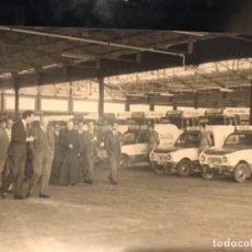 Coleccionismo de Coca-Cola y Pepsi: FOTOGRAFÍA ORIGINAL INAUGURACIÓN COLEBEGA EN 1955. EMBOTELLADOR COCA-COLA. Lote 172255938