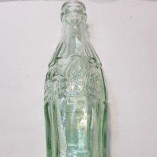 Coleccionismo de Coca-Cola y Pepsi: BOTELLA COCACOLA LETRAS RELIEVE PRIMEROS MODELOS . Lote 172362410