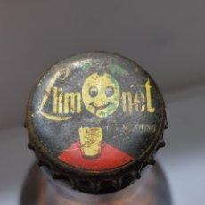 Coleccionismo de Coca-Cola y Pepsi: CHAPA LIMONET EN BOTELLA LLENA SIN ABRIR. Lote 172902897