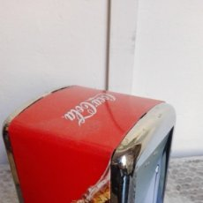 Coleccionismo de Coca-Cola y Pepsi: SERVILLETERO LATA COCA COLA MIRA FOTO. Lote 175287079