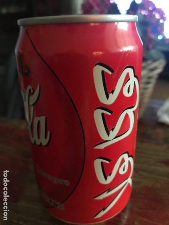 Coleccionismo de Coca-Cola y Pepsi: Lata Coca-Cola de Casablanca (Marruecos). Árabe. Sin abrir. Año 1998 33 cl - Foto 2 - 175821055